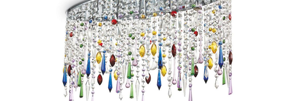Lampadario di cristallo e luci di vetro