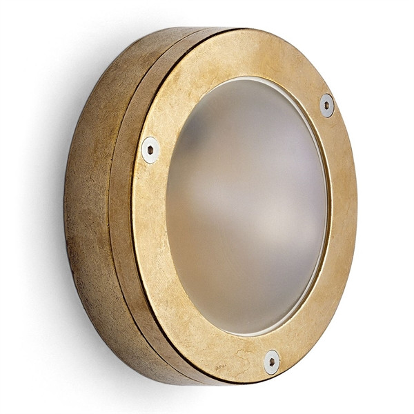 Flat outdoor light brass