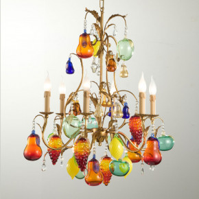 Chandelier with fruits