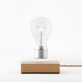 Flyte Magnus Eschenbasis Glühbirne mit Chromkappe